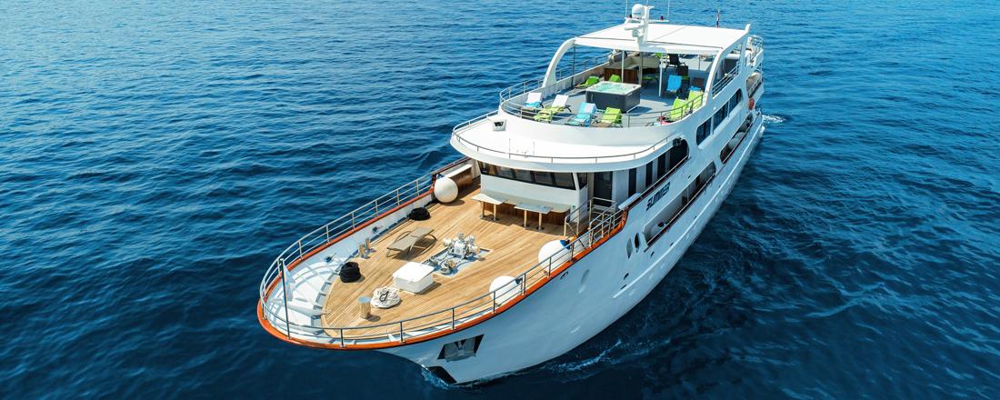 Yacht Summer
